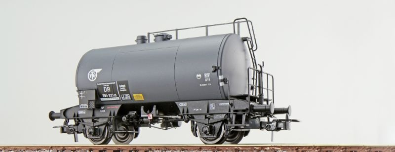 Kesselwagen Bauart Deutz der DB 943 3 115-2, grau, DC, H0
