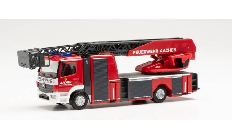Mercedes-Benz Atego13 Rosenbauer Drehleiter, 1:87 / Spur H0