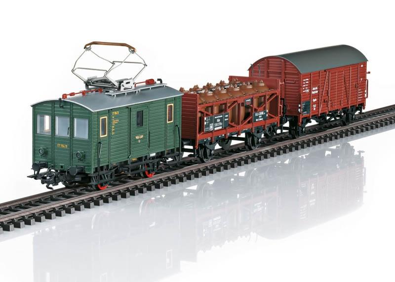 Güterzug mit Triebwagen ET 194 DRG H0