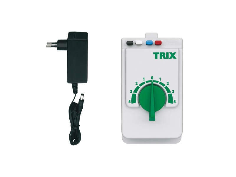 Trix Fahrgerät mit Stromversorgung 230V Trix H0