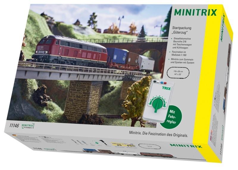 Startpackung Güterzug mit BR 216, 2 Wagen, Minitrix Spur N