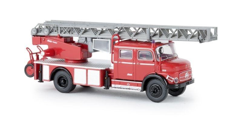 MB L 1519 DLK 30 rot/schwarz, TD, Spur H0