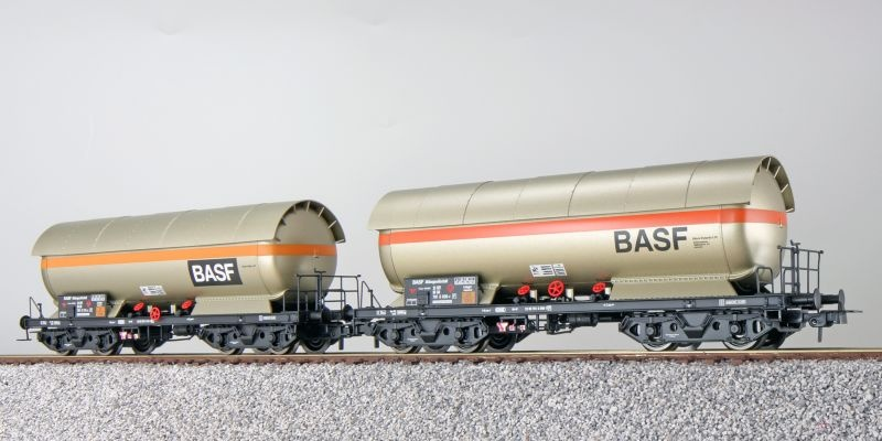 Gas-Kesselwagen Set ZAG 620, BASF, DB, perlbeige, DC, H0