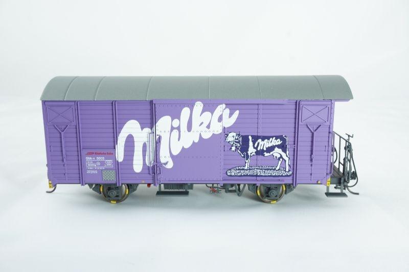 Gedeckter Güterwagen Gbk-v 5603 Milka der RhB, Spur 0m