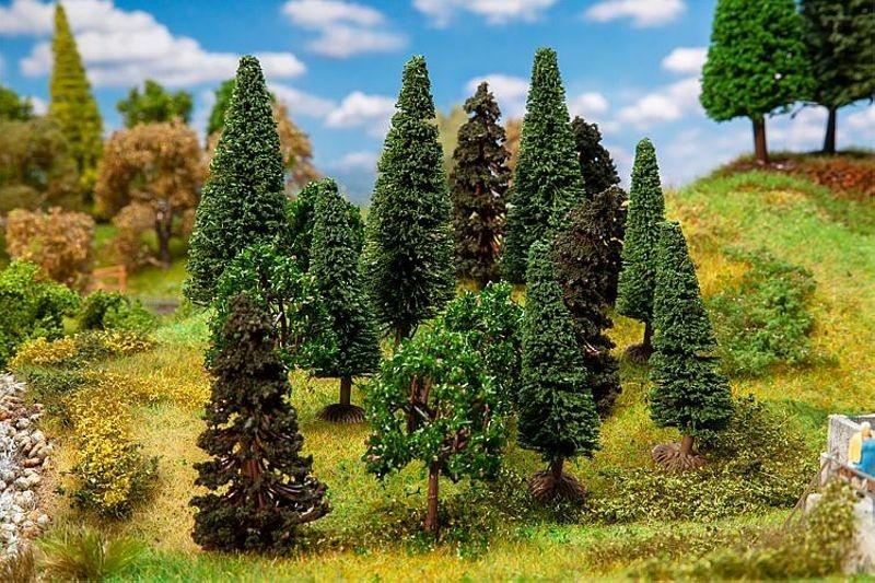 15 Mischwaldbäume, sortiert, H0, TT