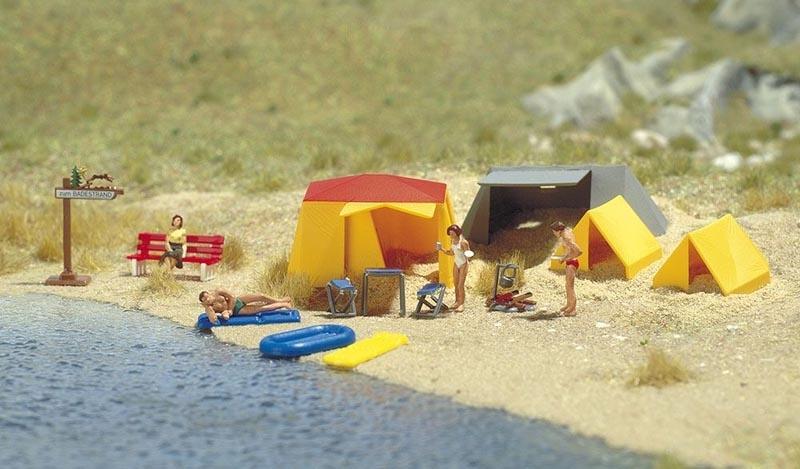 Motiv-Set: Ein kleiner Campingplatz, Spur H0