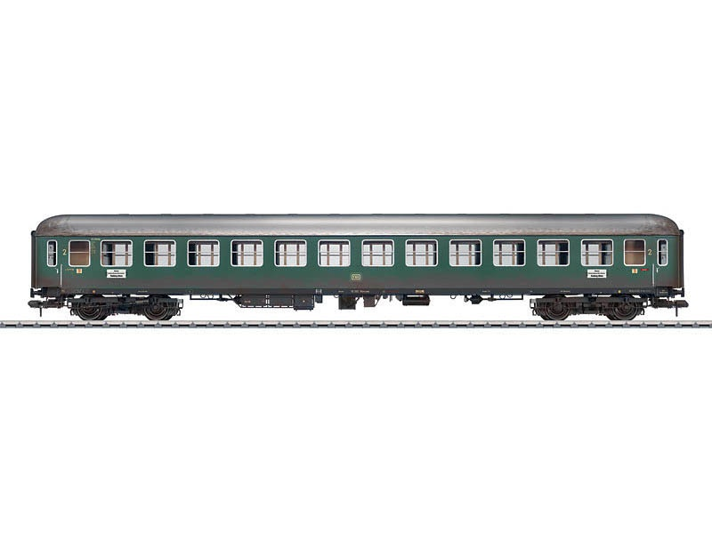 Personenwagen 2. Klasse B4üm-61 DB gealtert Spur 1