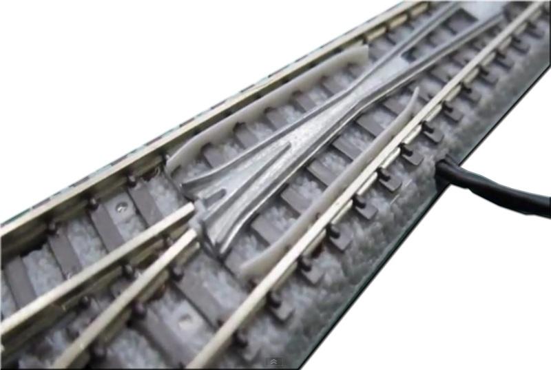 E-Weiche rechts R490-13° 110 mm, Spur Z