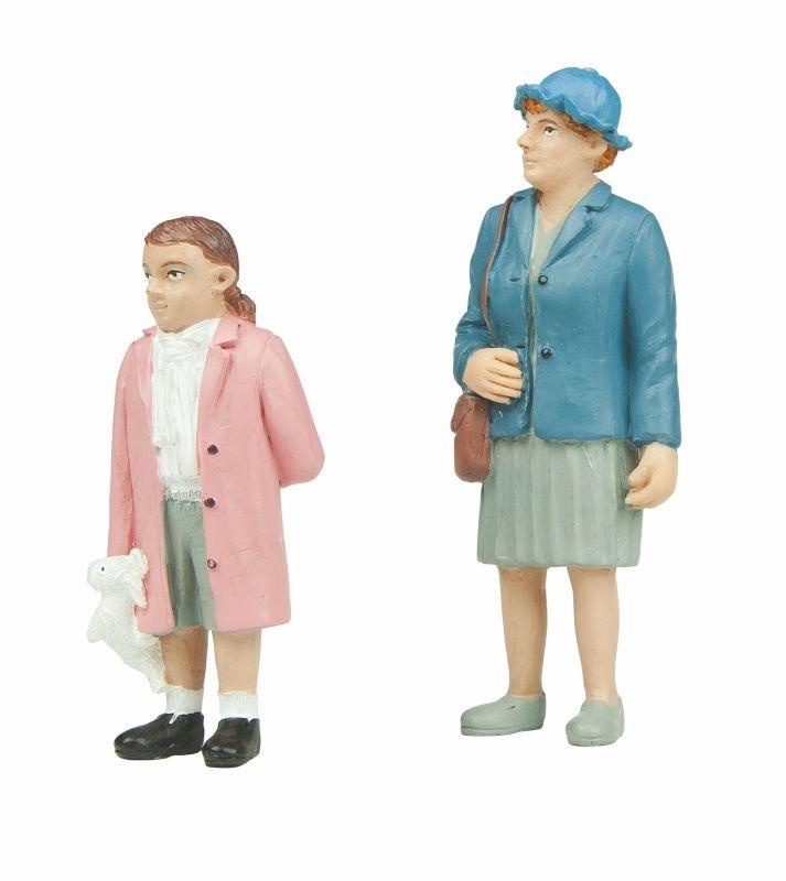 Großmutter mit Enkelin, Figuren, Spur G