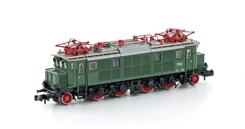 E-Lok BR E17 05 der DB grün Ep. IIIb, DC, Spur N