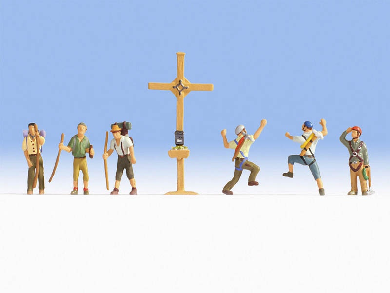 Bergwanderer mit Gipfelkreuz Figuren Spur H0