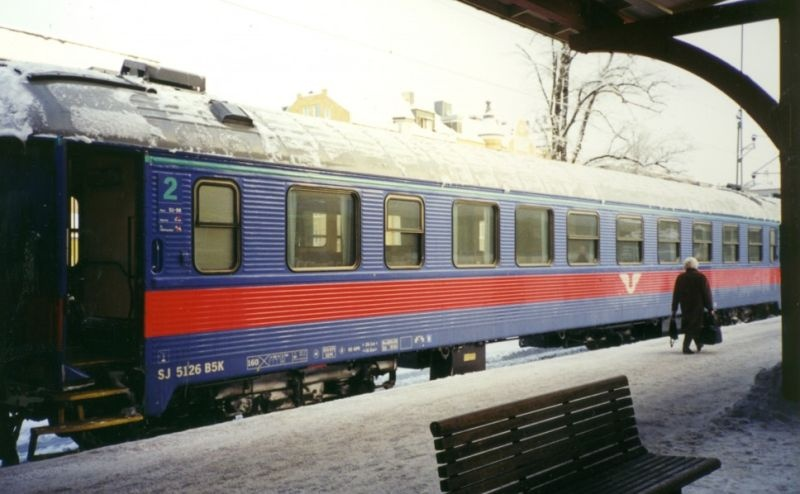 Topline Personenwagen B5K 5126 2 Klasse SJ, Inter-Regio, H0