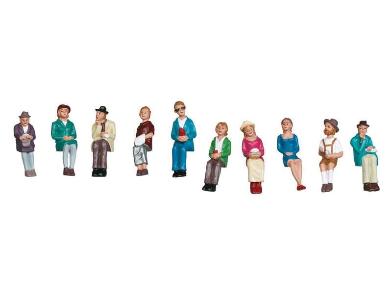 Figurengruppe sitzende Reisende Spur 1