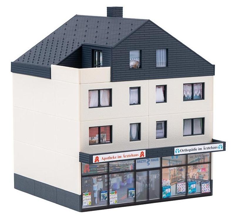 Ärztehaus Bausatz, Spur H0