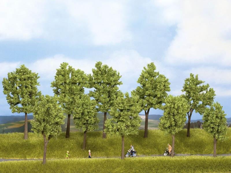 Bäume Frühling, 10 Stück, 10 - 14 cm hoch, Spur H0 / TT