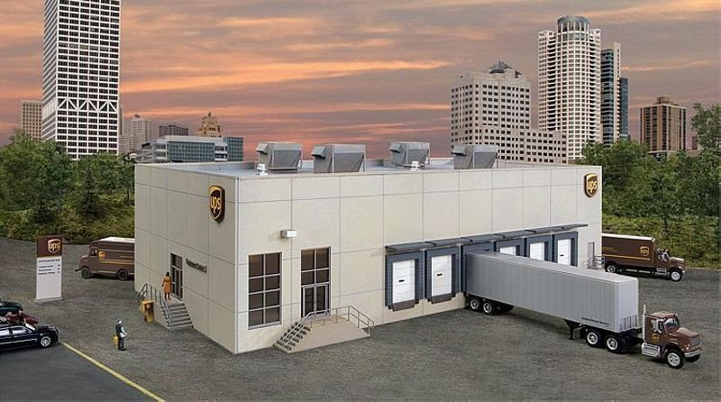 UPS Hub mit Kundencenter, Bausatz, Spur H0