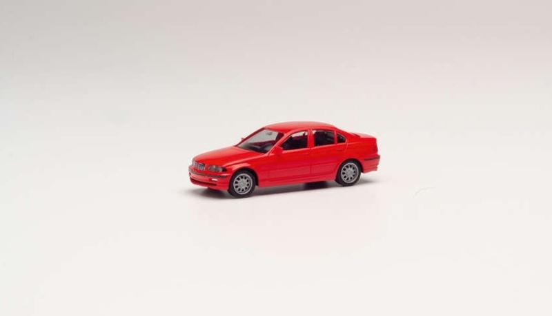 Minikit BMW 3er Limousine E46, hellrot, 1:87 / Spur H0