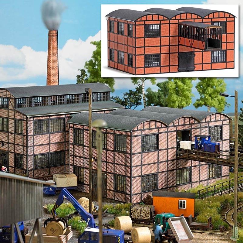 Fabrikgebäude (Lagerhalle mit Gebäudebrücke), Spur H0