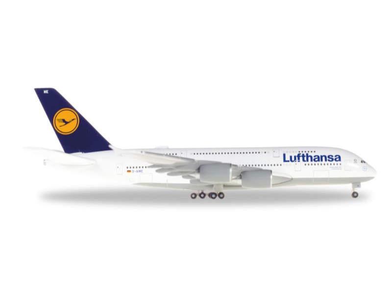 Lufthansa Airbus A380-800  Johannesburg 1:500