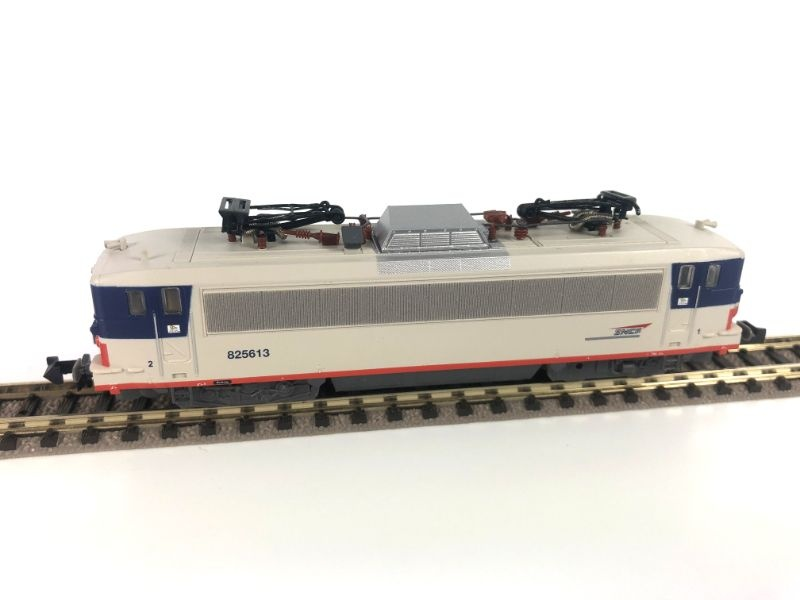 Elektrolokomotive BB 825613 der SNCF, Epoche VI, Spur N
