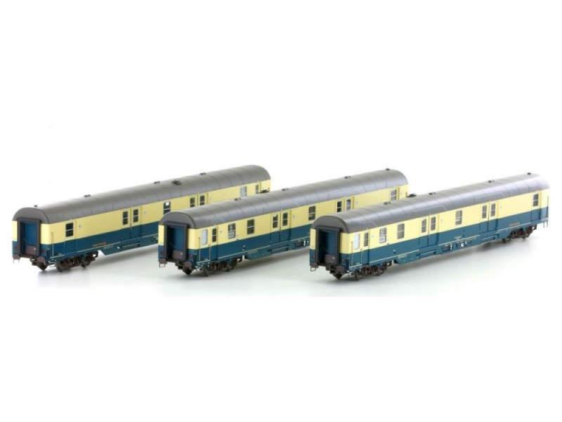 3-teiliges Set Postwagen Dt. Post AG, Epoche V, Spur H0