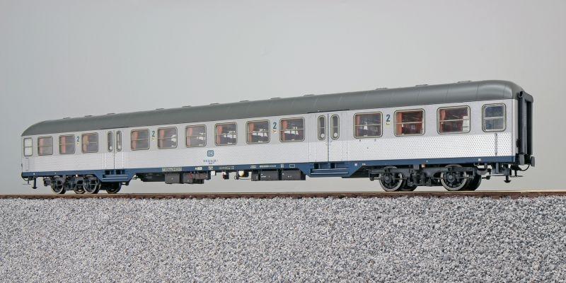 n-Wagen, Bnrz 725, 2. Kl, DB, Ep. IV, silber, DC, Spur H0