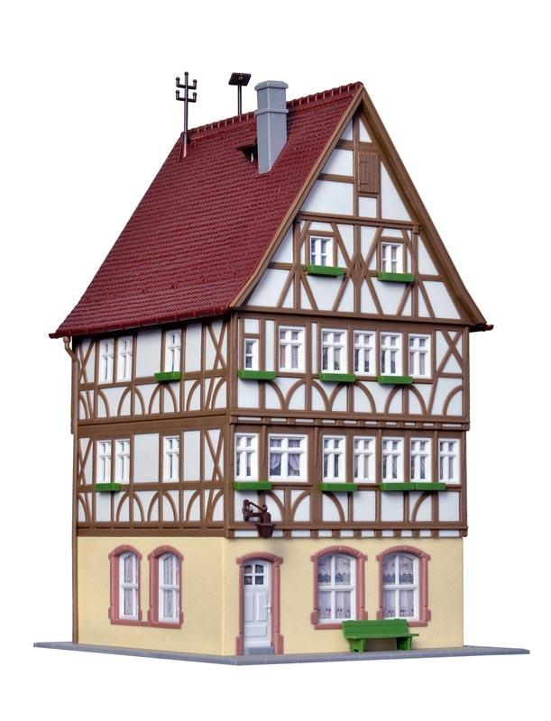Fachwerkhaus am Markt in Miltenberg, Bausatz, Spur H0