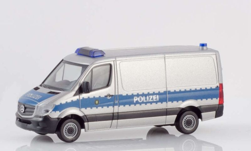 MB Sprinter Kasten Hochdach Polizei Sachsen 1:87 / H0