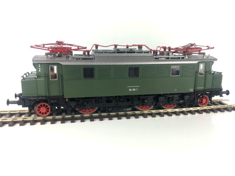 Elektro-Schnellzuglok BR 104 der DB, AC-Version, Ep. IV, H0