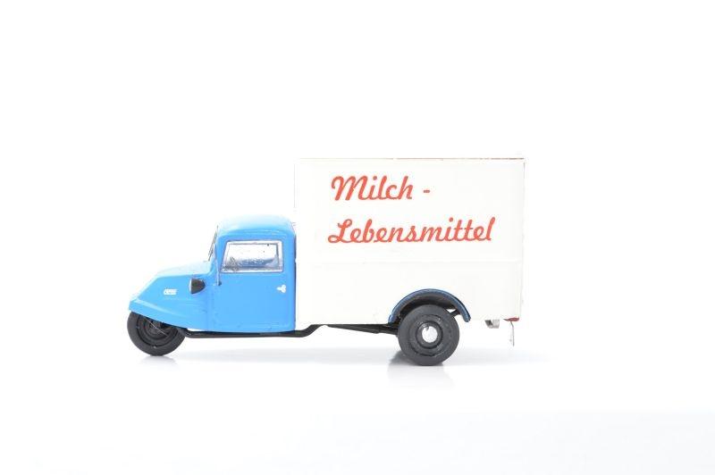 Goliath GD 750 Verkaufswagen Milch & Lebensmittel, 1:87 / H0