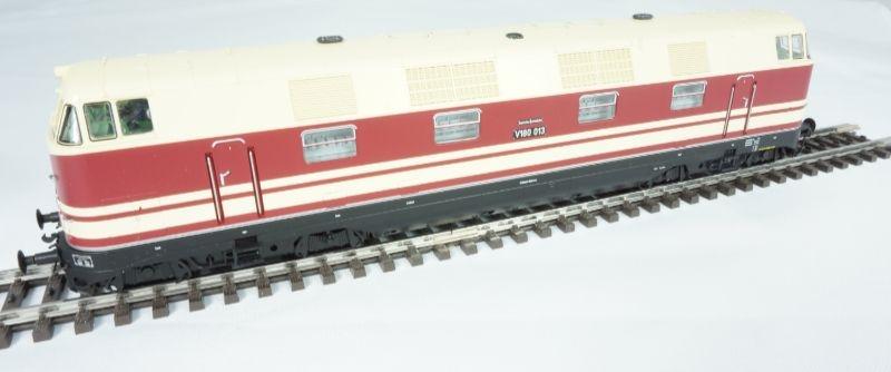 Diesellok BR V 180 der DR, Epoche III, Spur H0