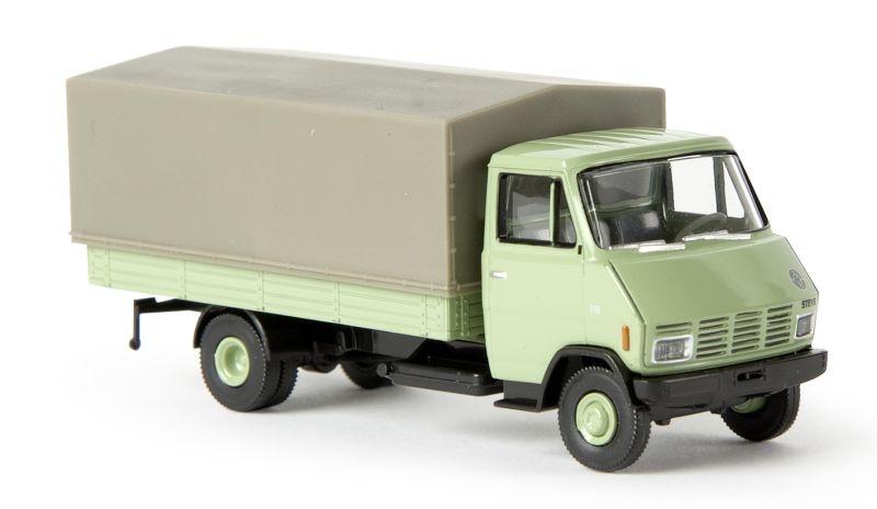 Steyr 590 PP, blassgrün, Spur H0