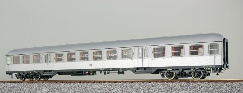 n-Wagen Silberling B4nb-59 2. Kl. silber DB, DC, Spur H0