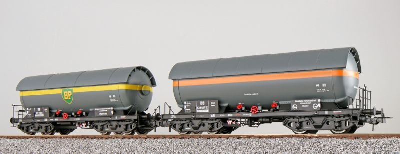 Gas-Kesselwagen Set ZAG 620, DB, Ep. III, grau, DC, Spur H0