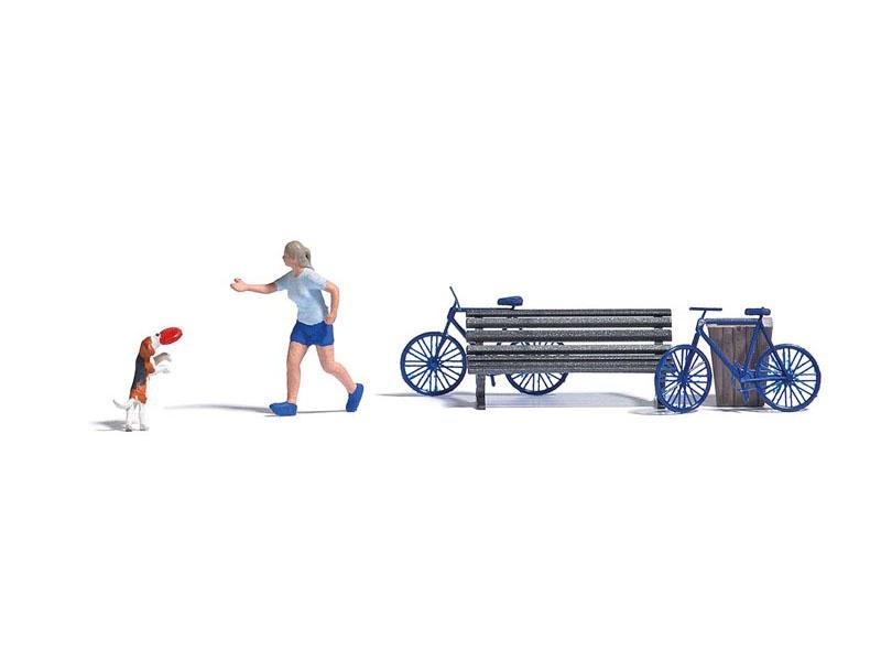 Action-Set: Frisbeespiel mit Hund, Spur H0