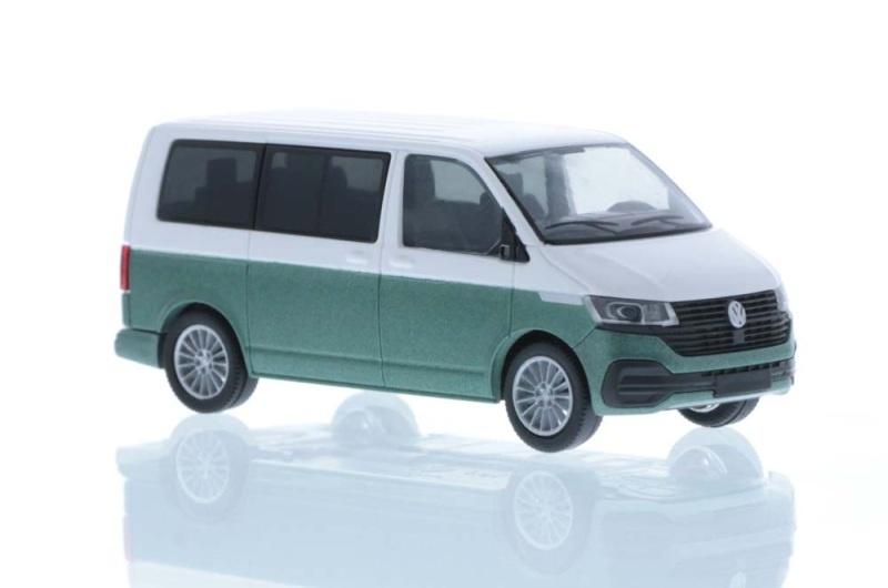 Volkswagen T6.1 Bus KR candyweiß/bay leaf green, 1:87 / H0