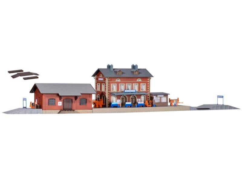 Bahnhof Rauenstein mit Güterschuppen, Bausatz, Spur N
