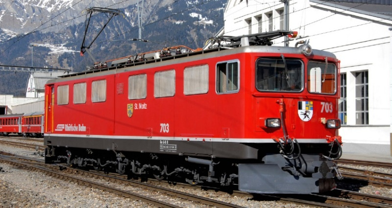 RhB Ge 6/6 II 703 Universallok St.Moritz, Spur H0m