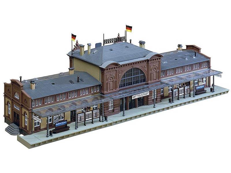 Bahnhof Mittelstadt Bausatz H0