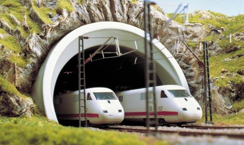 ICE-Tunnelportal 2 gleisig, Spur H0