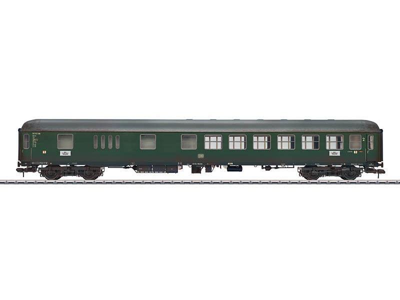 Personenwagen mit Gepäckabteil BD4üm-61 DB gealtert Spur 1