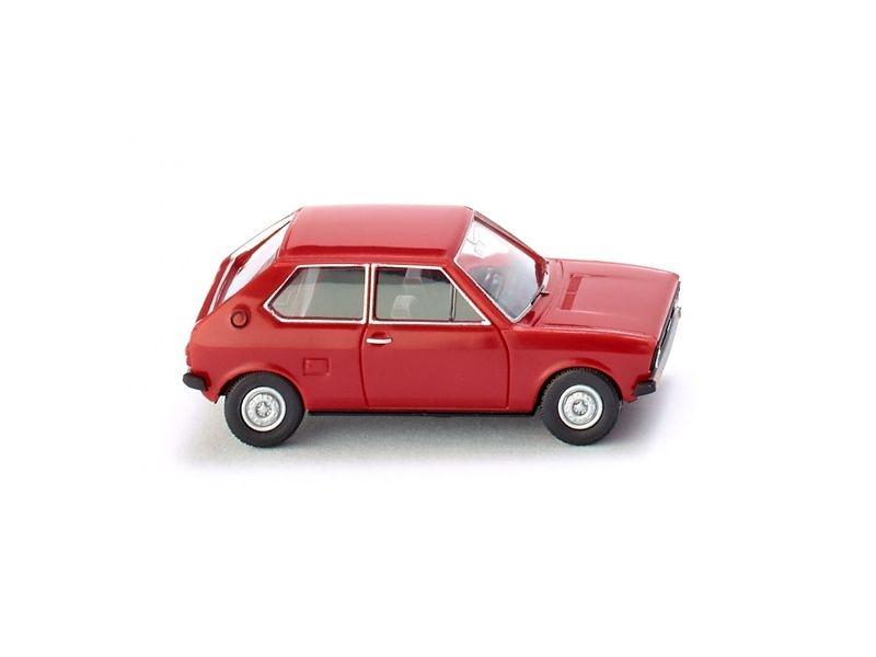 VW Polo 1 - senegalrot 1:87 / H0