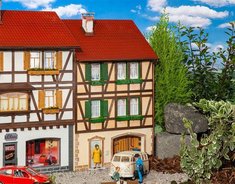 Stadt-Reliefhaus Bausatz, Spur G
