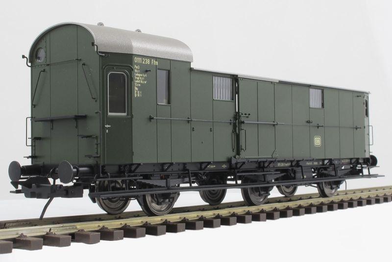 Preußischer Gepäckwagen Pwi11 der DB, Epoche 3b, Spur 0