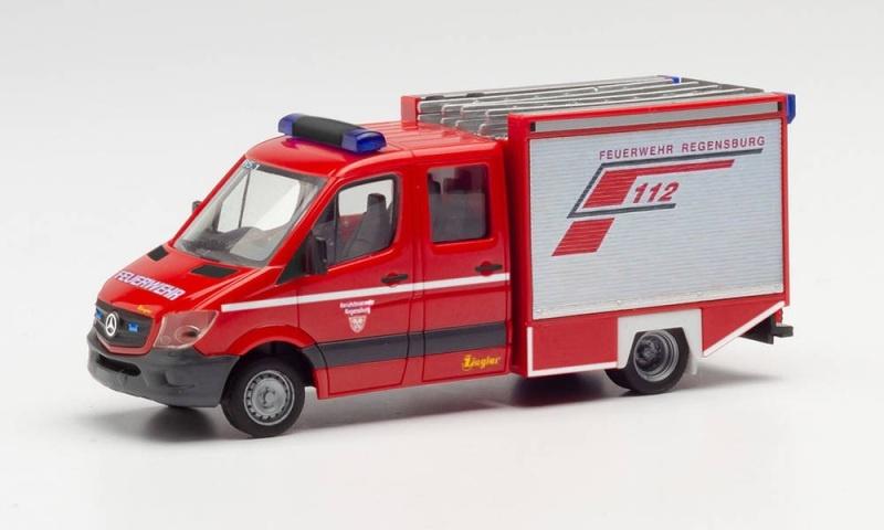 MB Sprinter `13 Kleinalarmfahrzeug Feuerwehr Regensburg H0