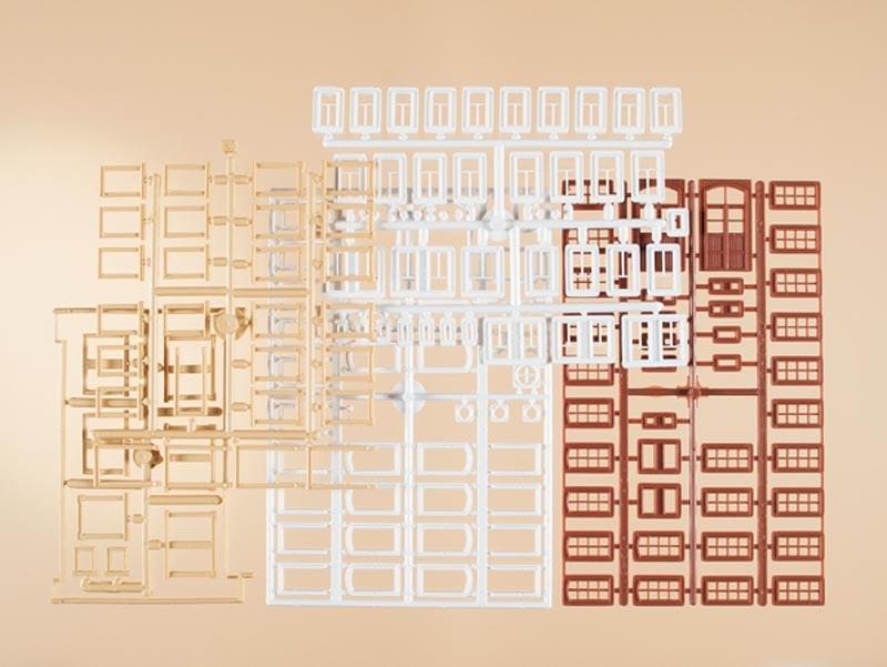 Set Fenster, Fenstergewände, Türen, Bausatz, Spur H0 / TT