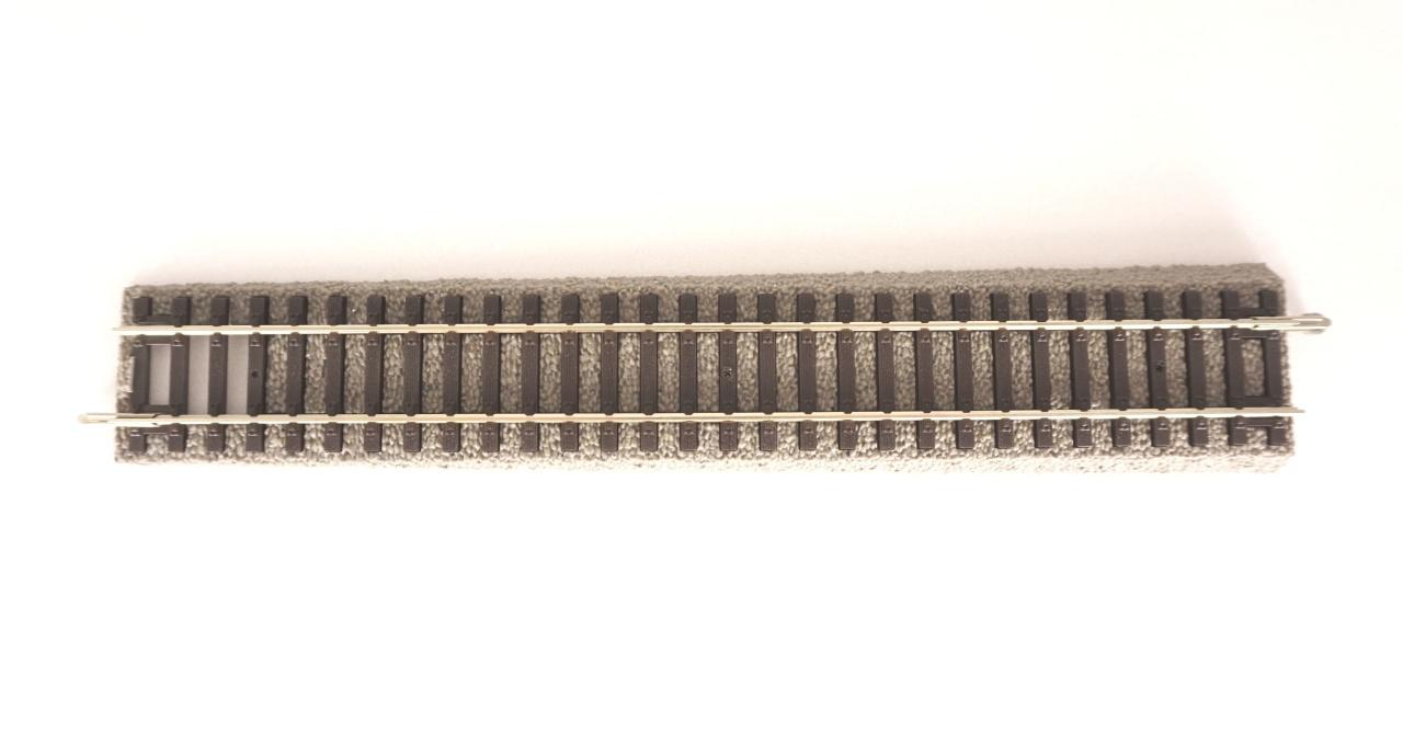 A-Gleis mit Bettung Ü-Gleis auf A-Gleis, 231mm, Spur H0