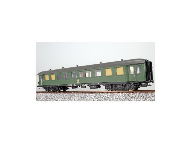 Gesellschaftswagen WGye831 11-591 der DB, chromoxidgrün, H0