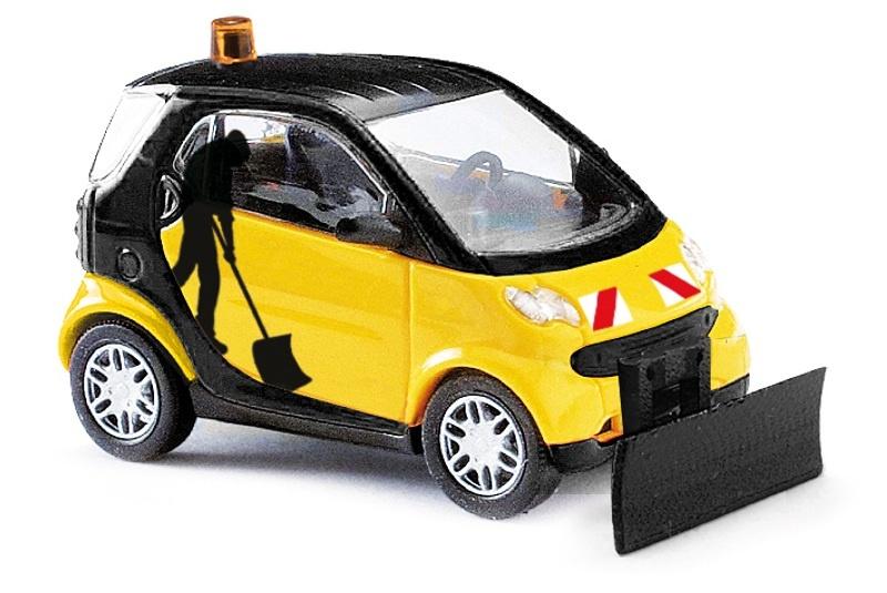 Smart Fortwo Facelift mit Schneeschieber, Spur H0