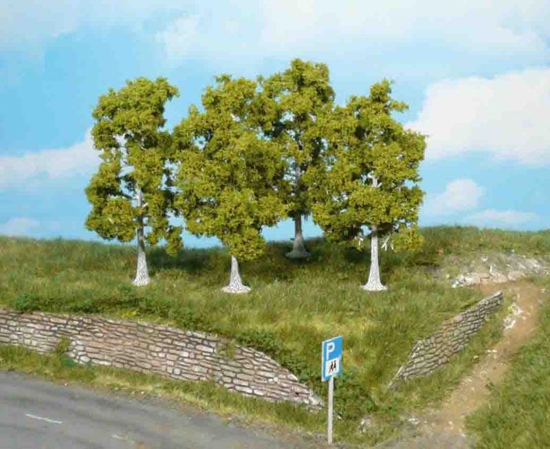 4 Birken, 11 cm, für verschiedene Spuren geeignet